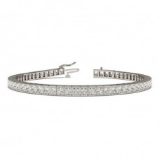 Princess Form Diamant Tennis Armband in einer Kanalfassung