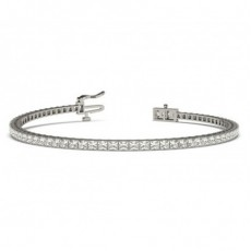Princess Form Diamant Tennis Armband in einer Krappenfassung
