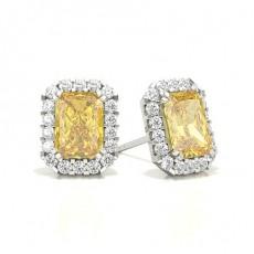 Puces d'oreilles halo diamant jaune emeraude/ serti 3 griffes