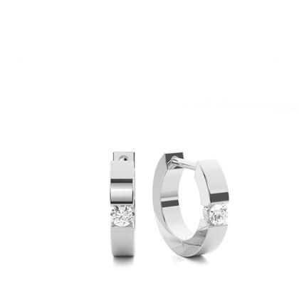 Runde Diamant Creolen in einer Kanalfassung