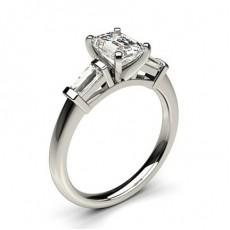 3 Diamanten Ring in einer Krappenfassung