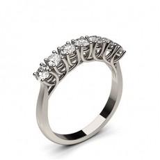 7 Diamanten Ring einfach in einer 4 Krappenfassung