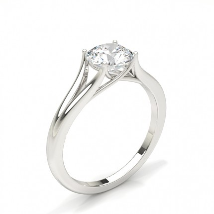 Prong Setting Engagement Ring