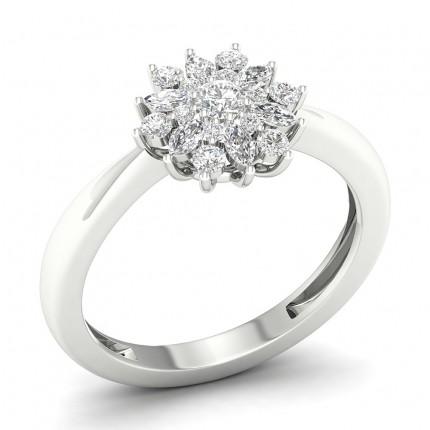 Prong Setting Round  Diamond Halo Ring