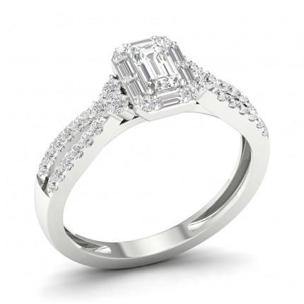 Prong Setting Emerald Diamond Halo Ring