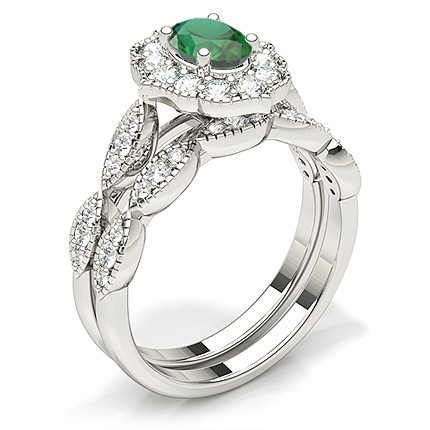 Prong Setting Oval Halo Emerald Engagement Ring