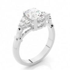 Oval Seitenstein Diamantringe